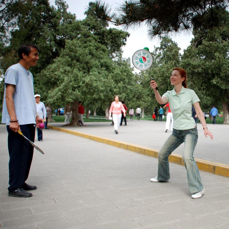 В Тяньтань  парке с Чжао Голяном, май 2007